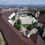 Le Château Ljubljana Grad et la cour intérieure depuis la Tour de Guet du Château Ljubljana Grad, Slovénie - Slovenia / Slovenija