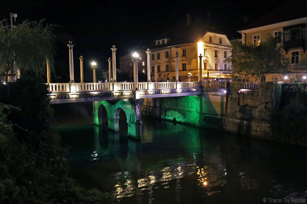 Le Pont des Cordionniers de Ljubljana la nuit, Slovénie - Čevljarski Most Ljubljana by night Slovenia