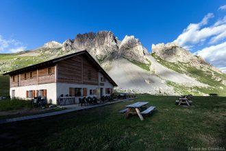 Le Refuge de Furfande avec la Crête de Croseras derrière - Queyras, Hautes-Alpes