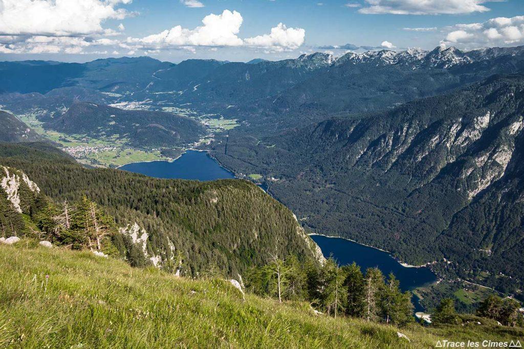 Lac de Bohinj depuis le sommet de la montagne Pršivec, Slovénie - Bohinj Lake, Slovenia / Bohinjsko jezero, Slovenija