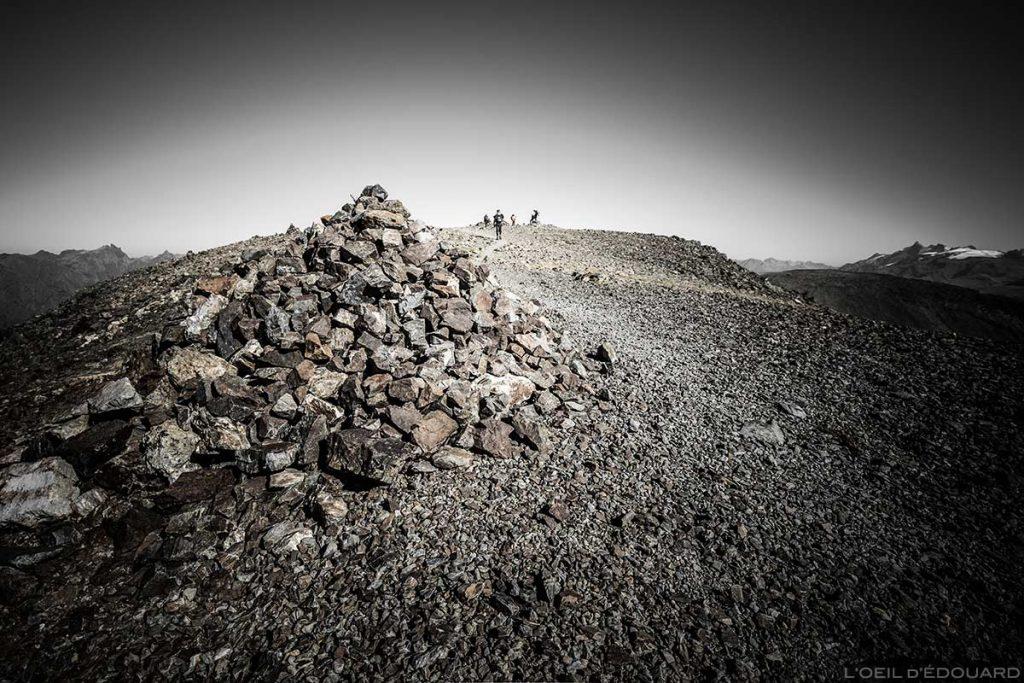 Cairn au sommet du Taillefer