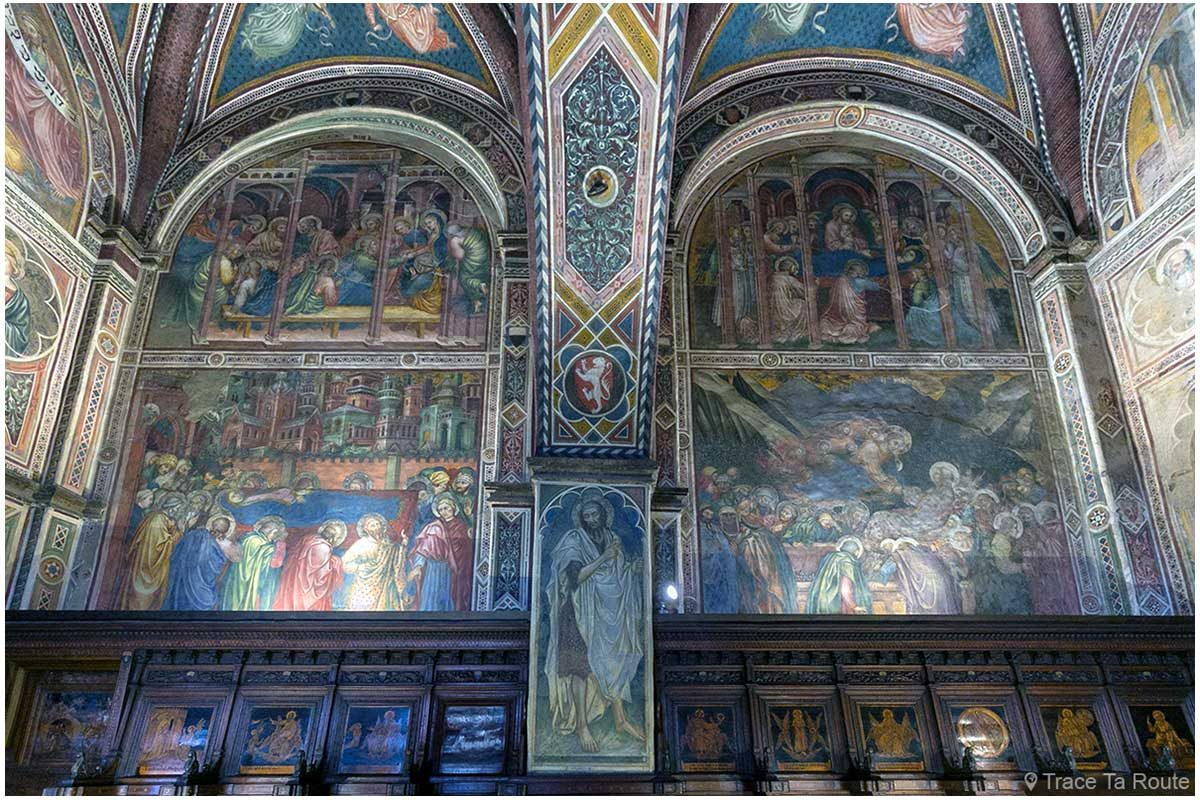 Fresques sur les murs de la Chapelle du Museo Civico de Sienne - Cappella di Palazzo Pubblico di Siena