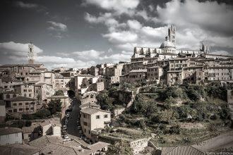 Visite de Sienne, Toscane, Italie / Veduta de la Città di Siena con il Duomo - Trace Ta Route blog voyage