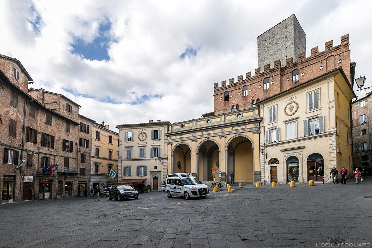 Visite de Sienne : Piazza Indipendenza, Siena