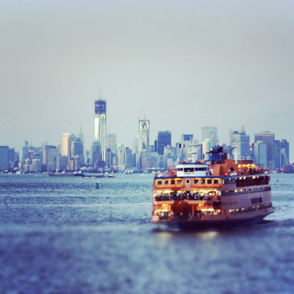 Vue sur Manhattan, New York et le ferry vers Staten Island - Blog voyage trace ta route