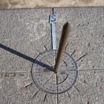 Cadran solaire au Musée Intiñan, Equateur - Trace Ta Route - Blog voyage