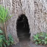 Entrée maison indienne au Musée Intiñan, Equateur - Trace Ta Route - Blog voyage
