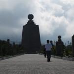 Allée de la Mitad del Mundo, Equateur - Trace Ta Route - Blog voyage