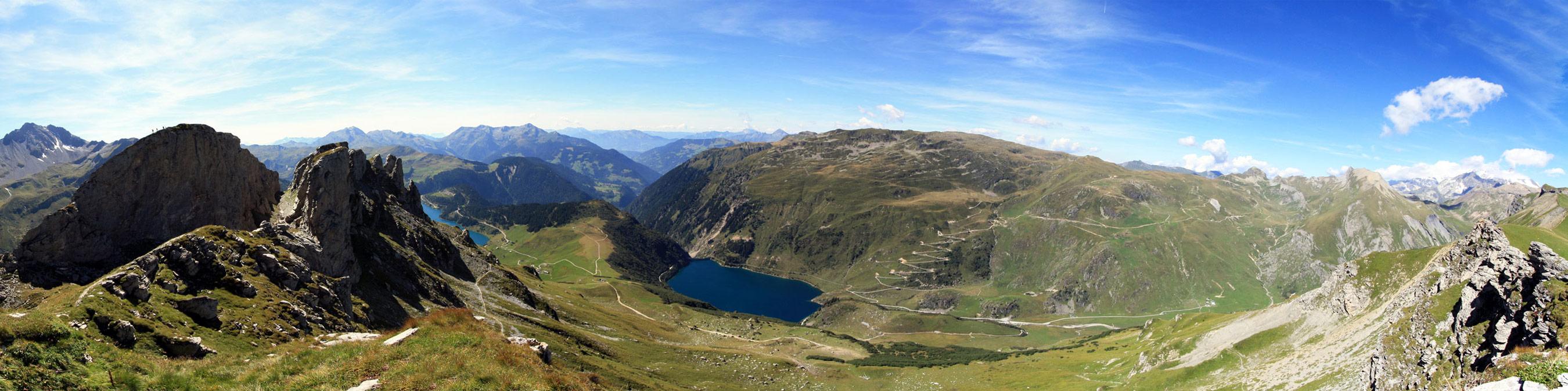 Lac de la Gittaz, depuis Les Roches Merles