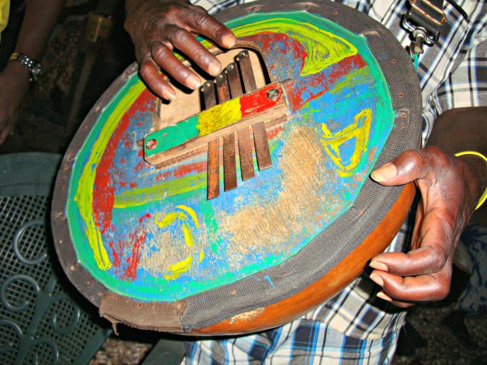 Instruments de musique aux Almadies Dakar Sénégal Afrique