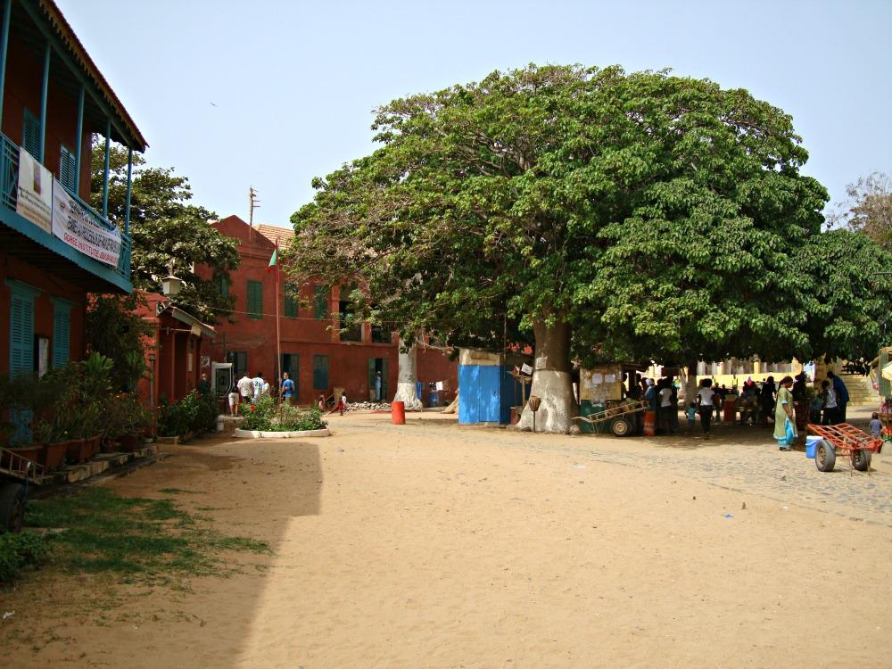 Arrivée débarcadère Île de Gorée Sénégal Afrique