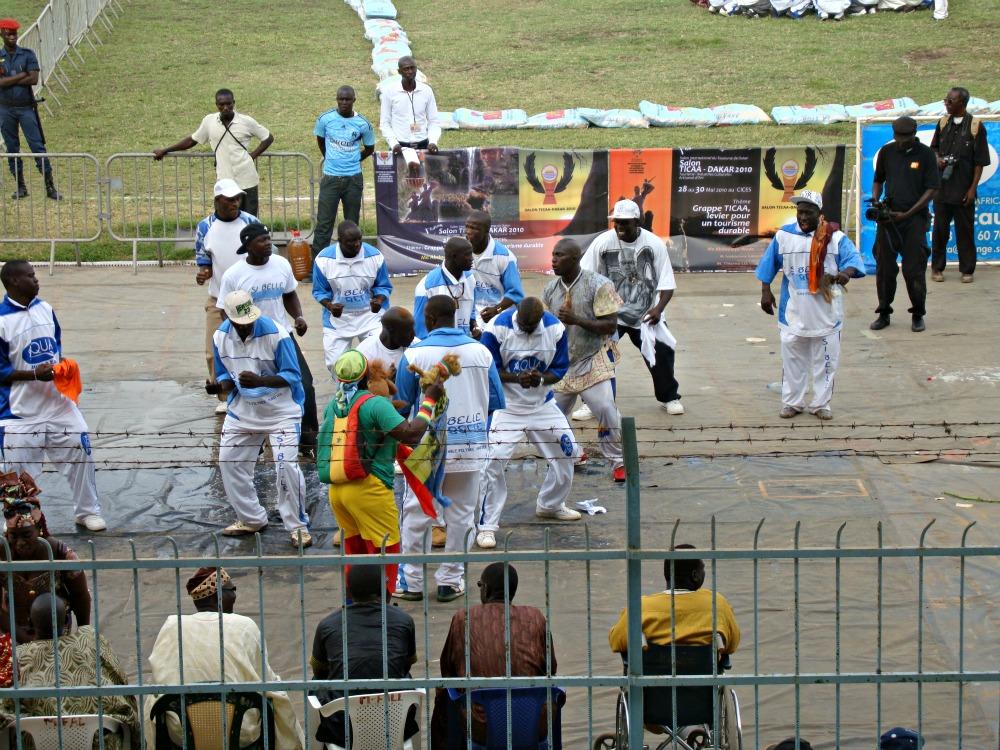 Préparation des lutteurs sénégalais, Stade Demba Dip, Dakar Sénégal Afrique