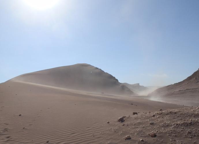 dune vallée de la lune san pedro de atacama blog voyage trace ta route