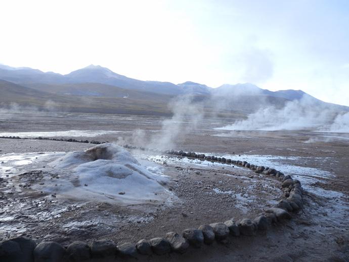 fumée geysers el tatio san pedro de atacama blog voyage trace ta route