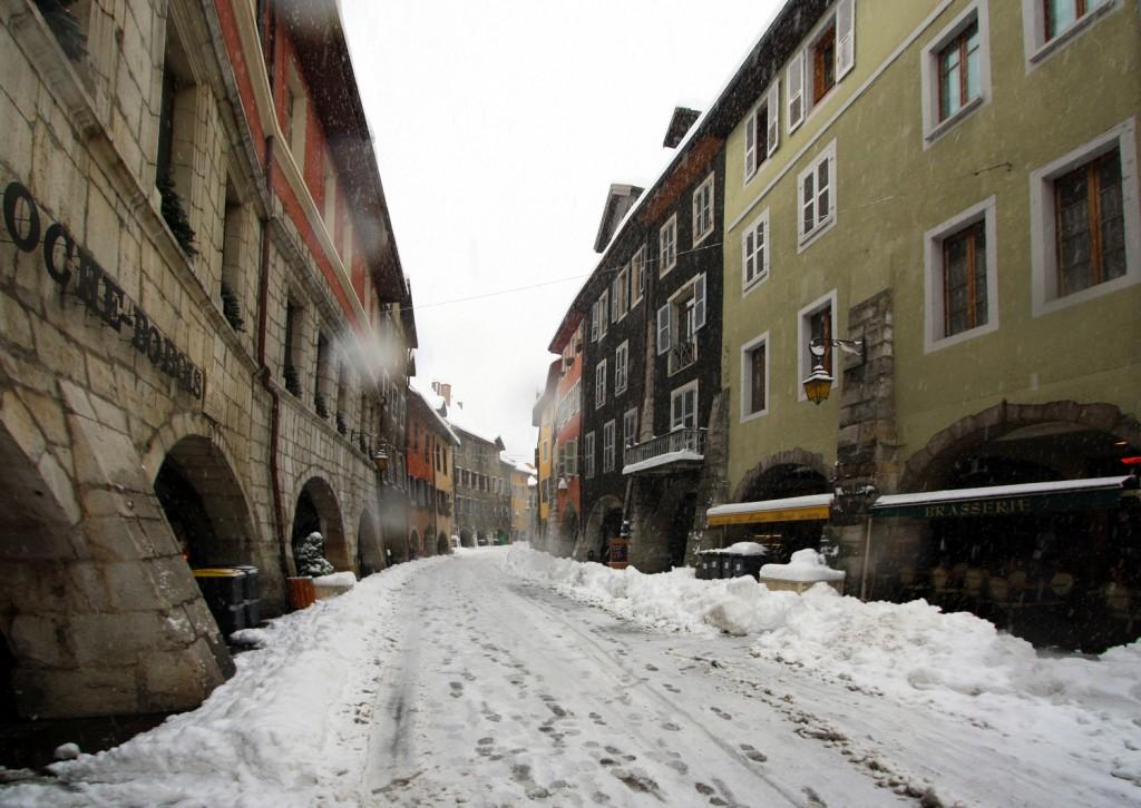 La Vieille Ville d'Annecy sous la neige (1er décembre 2010)