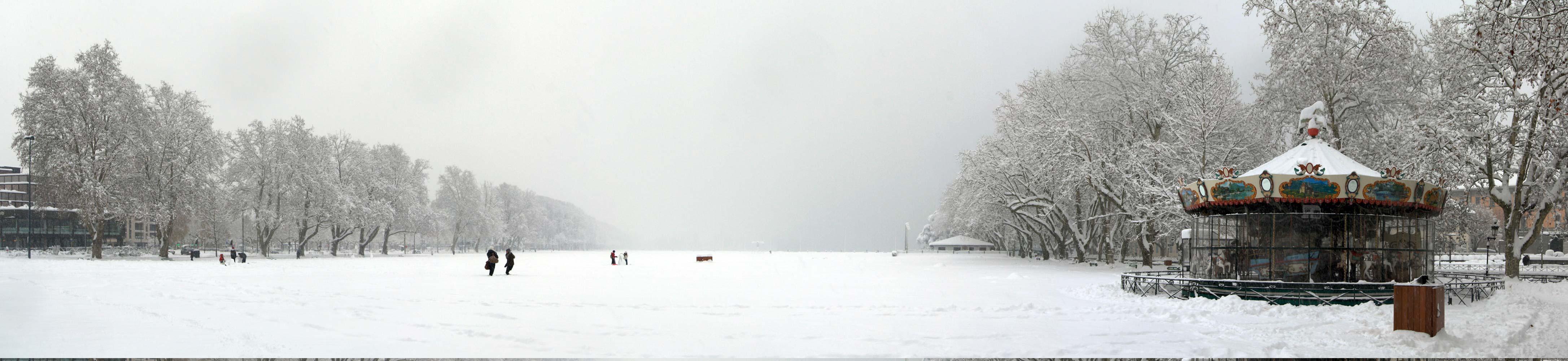 Le Pâquier d'Annecy sous la neige (1er décembre 2010)