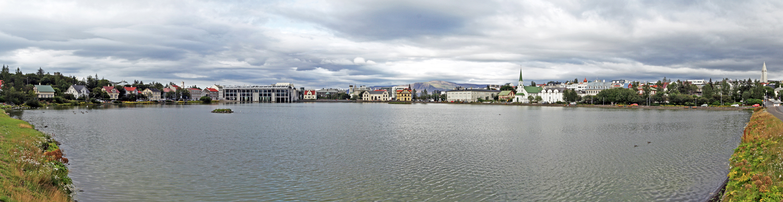 Lac Tjornin à Reykjavik, Islande