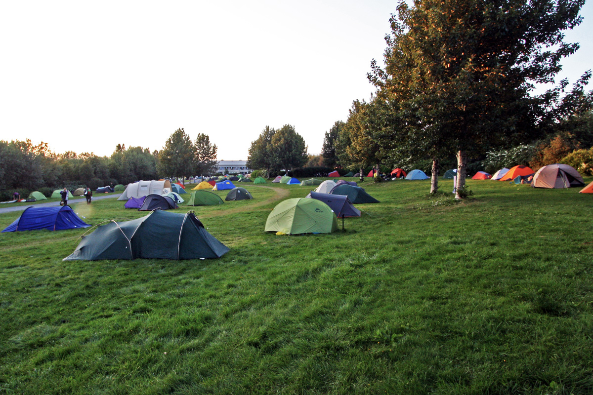 Camping De Vik Islande