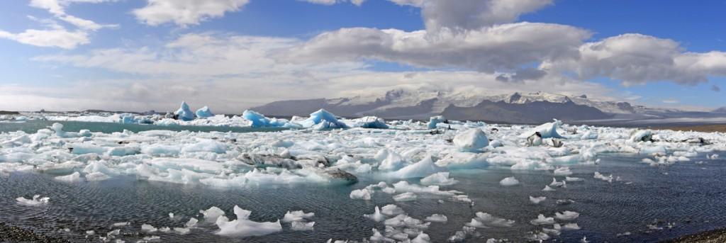 Icebergs sur le lac de Jokulsarlon, Islande