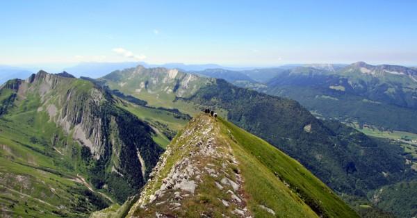 Arête Ouest du Pécloz (vue sur l'Arclusaz)