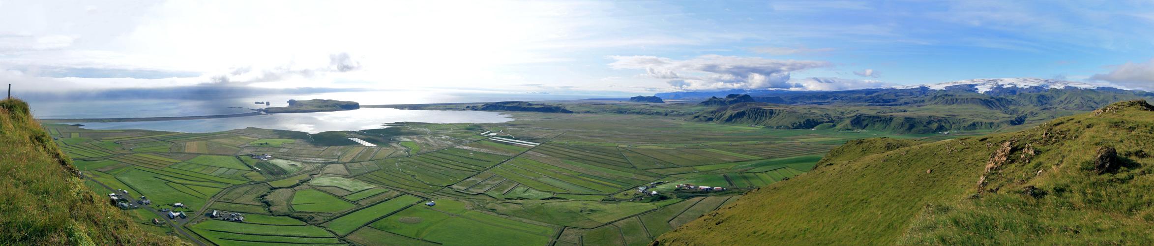 Reynishverfi et Dyrholaey depuis Reynisfjall (Vik i Myrdal)