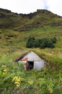 Ancien cabanon typiquement islandais (Vik i Myrdal)