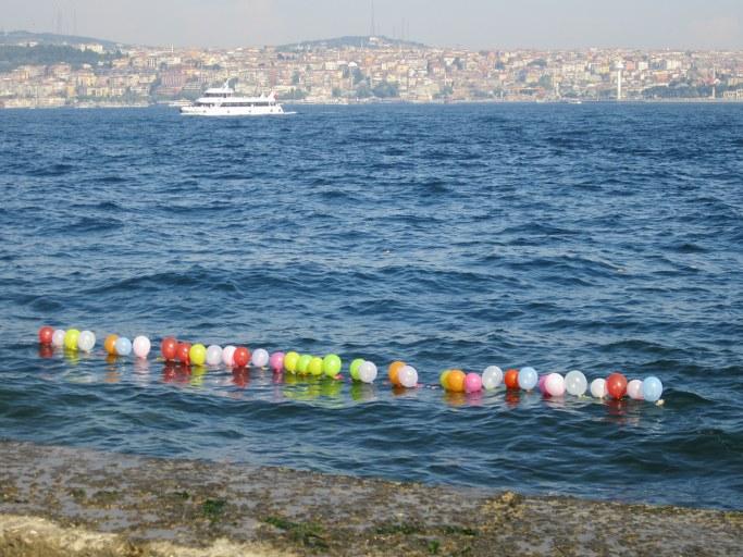 Ballons sur le Bosphore, Istanbul Turquie