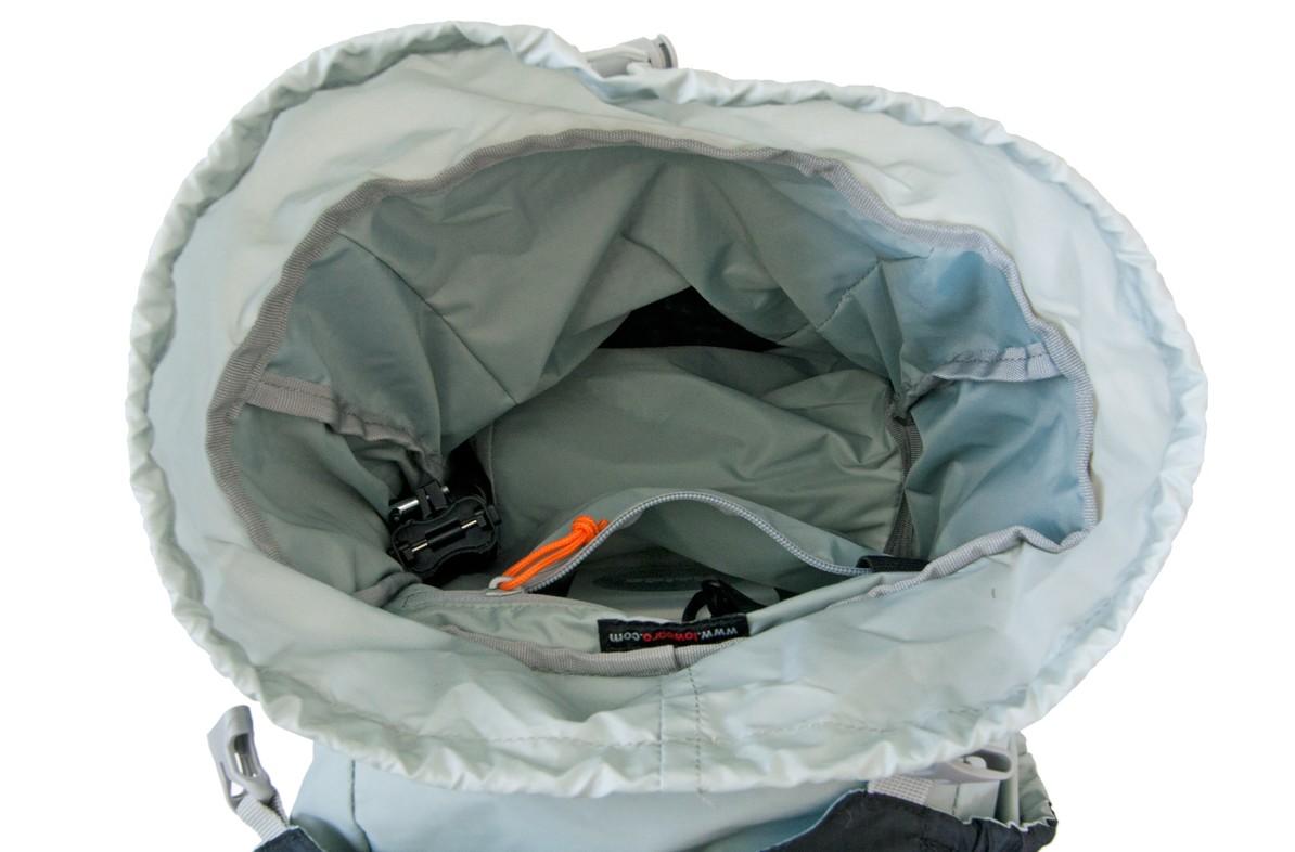 Test LowePro Sport Photo 200 aw (poche intérieure)