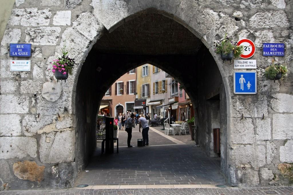 La Porte du Sépulcre (Vieille Ville d'Annecy)