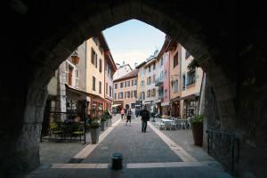 Faubourg Sainte-Claire, sous la Porte du Sépulcre (Vieille Ville d'Annecy)