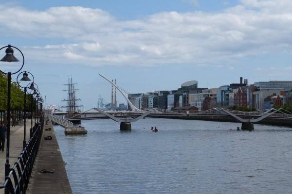 Quai Nord à Dublin - Blog Voyage Trace Ta Route