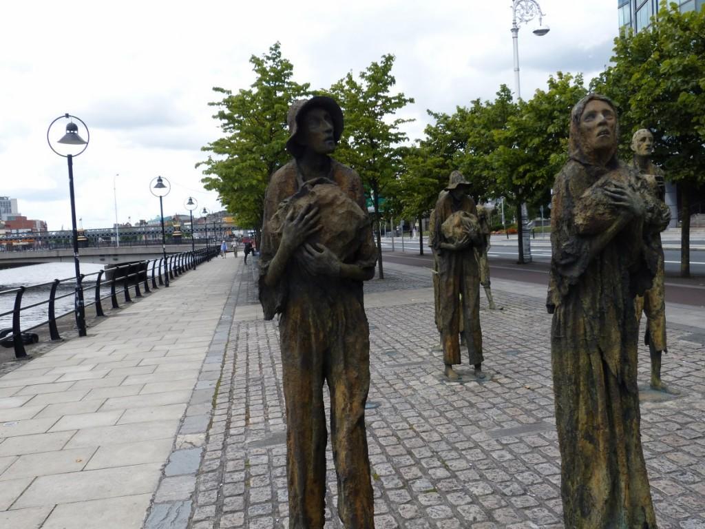 Memorial de la famine à Dublin - Blog Voyage Trace Ta Route