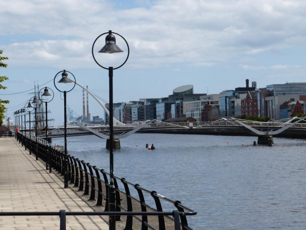 Promenade sur les quais Nord Dublin - Blog Voyage Trace Ta Route