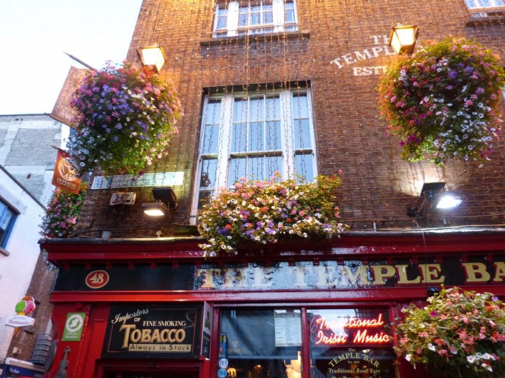 Le Mythique Temple Bar - Blog Voyage Trace Ta Route