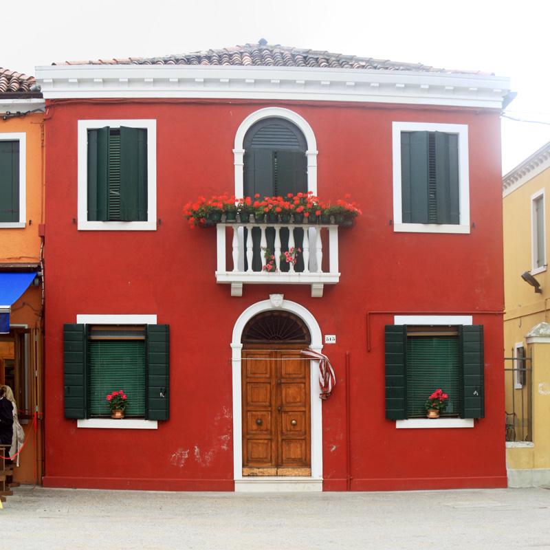 Façade colorée à Burano (lagune de Venise)