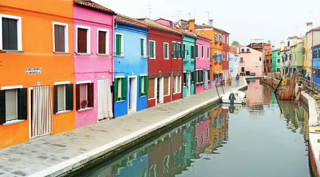 Façades colorées de Burano (lagune de Venise) - édouard photographie © Trace Ta Route