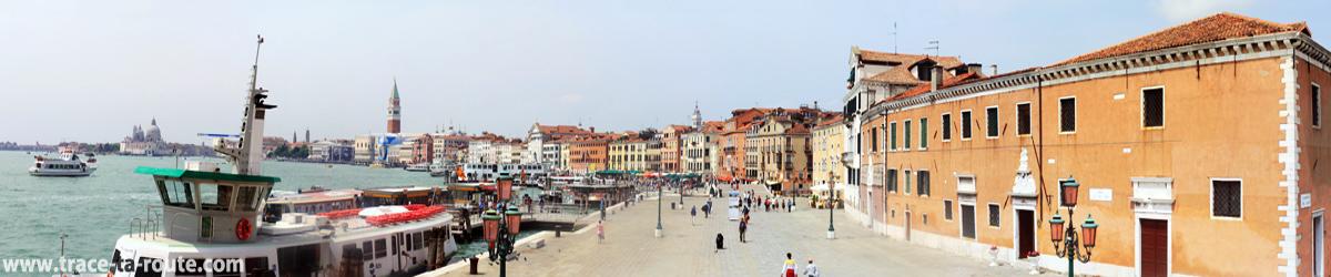 "Riva de la Ca' di dio (""Rive de la Maison de Dieu""), Venise"