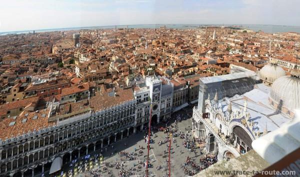 Vue depuis le Campanile Saint Marc : Venise, la place Saint Marc et la Basilique Saint Marc