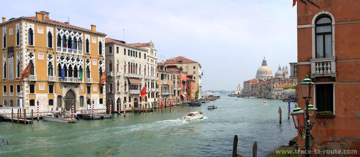 Canal Grande et Basilique Santa Maria della Salute, Venise