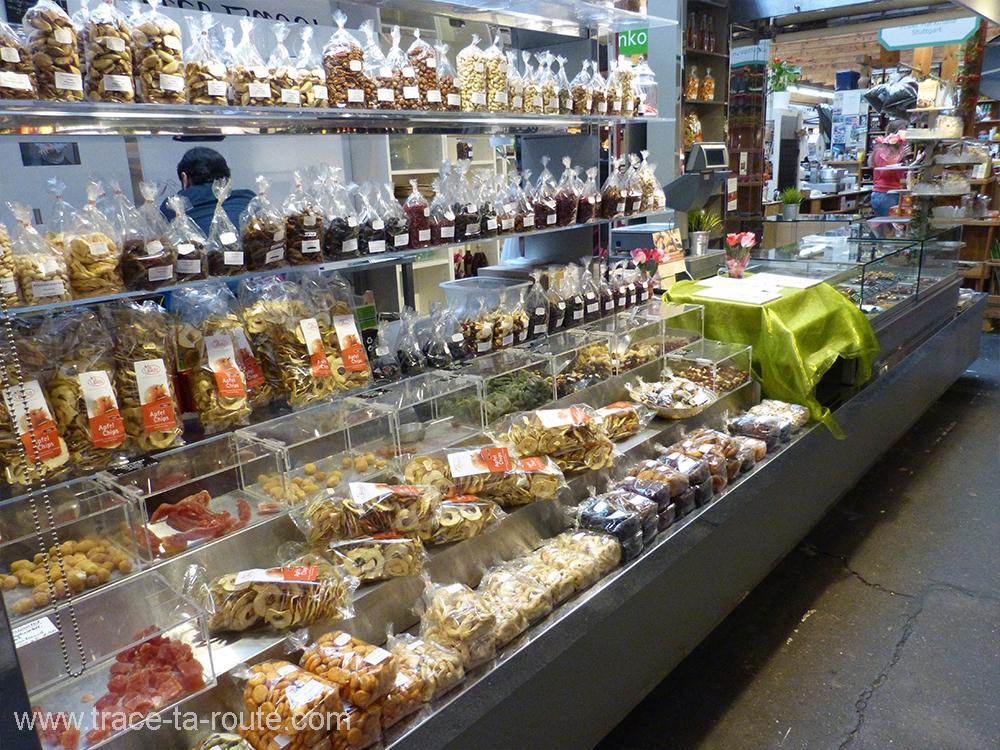 Fruits secs à la MarkthalleStuttgart - Allemagne Deutschland Germany