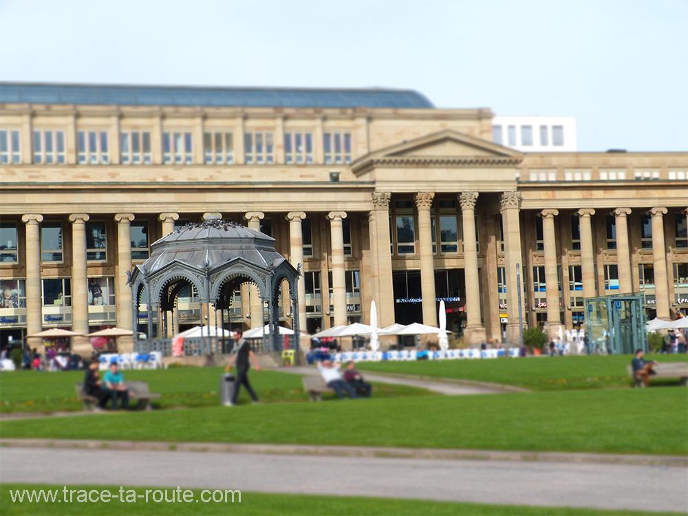 Schlossplatz au soleil Stuttgart - Allemagne Deutschland Germany
