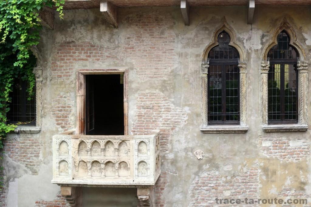 Le fameux BALCON de la MAISON de JULIETTE (Casa di Giuletta) à VÉRONE