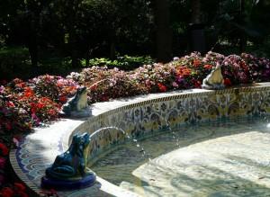 fontaine dans le parc maria luisa - Seville