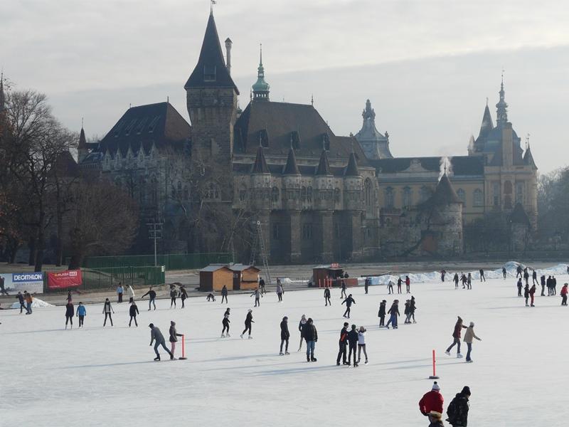 patins a glace a budapest