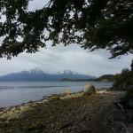 Vue depuis une plage sur la Terre de Feu blog voyage