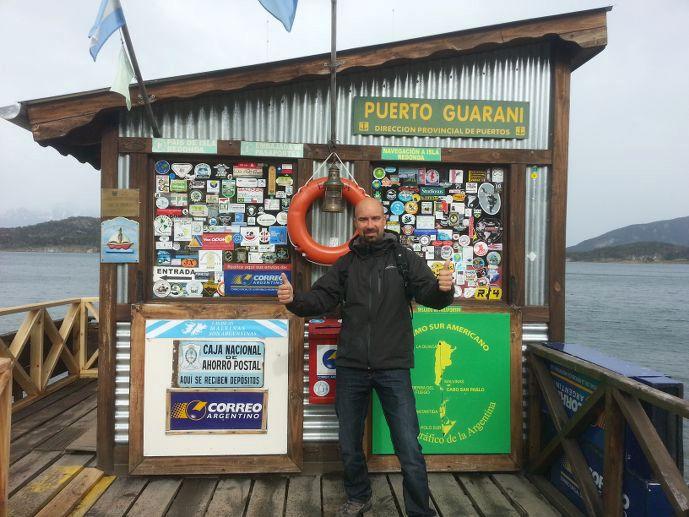 Tristan à la boite postale la plus australe du monde ushuaïa blog voyage