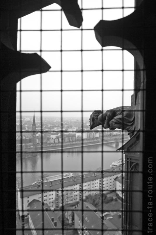 Ascension du sommet de la Cathédrale Sainte-Barthélémy de Francfort (Kaiserdom St. Bartholomäus Frankfurt)