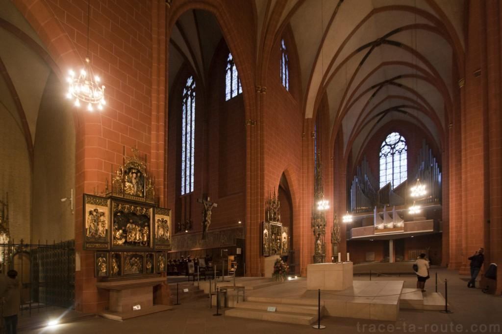 L'Autel de la Cathédrale Saint-Barthélémy de Francfort (Kaiserdom St. Bartholomäus Frankfurt)