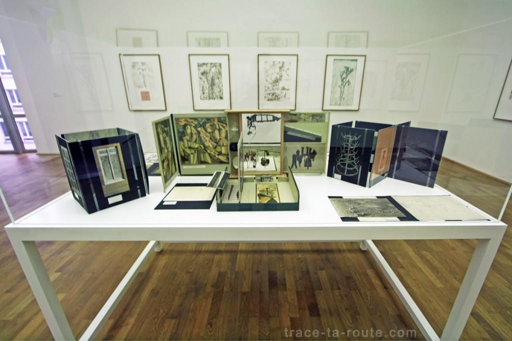 """Boite-en-valise"" (1963) Marcel DUCHAMP, Musée d'Art Moderne de Francfort"