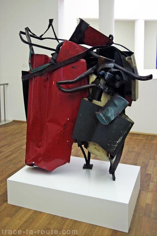 """""""Wildroot"""" (1959) John CHAMBERLAIN, Musée d'Art Moderne de Francfort"""